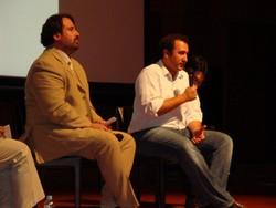 左:UNCHR駐日事務所ダニエル・アルカル首席法務官 右:C・カリム・クロボック監督