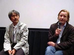左:アドバイザー&司会 瀬川裕司氏 右:カイ・ヴェッセル監督