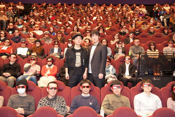 『フラッシュバックメモリーズ3D』初日舞台挨拶レポート