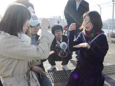 映画撮影中の風景(左が花野純子)