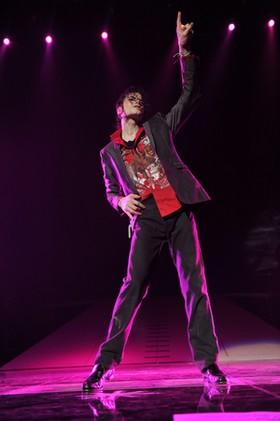 『マイケル・ジャクソン THIS IS IT』3