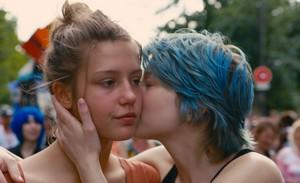 『アデル、ブルーは熱い色』場面2