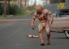 『フィースト2:怪物復活』2