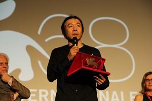 塚本晋也監督/第68回ベネチア国際映画祭オリゾンティ部門グランプリ受賞時