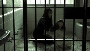 『幽閉confinement』