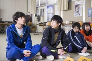 『ドロメ【男子篇】』『ドロメ【女子篇】』場面2